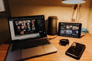 Debata: Internet źródłem bezpieczeństwa
